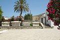Entrance and sarcophagi, AM Paros, 144092.jpg