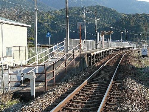 襟野々駅 - Wikipedia