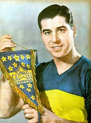 Boca Juniors Reserves and Academy - Image: Ernesto Lazzatti 1945