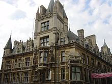 Exterior South-East Corner of Tree Court, Gonville & Caius (full).jpg