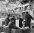 Fiú tanulja a jegykezelő használatát, KRESZ verseny, 1965 Budapest. Fortepan 89833.jpg