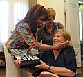 File-Cristina Kirchner y María Elena Walsh - 2008 (2).jpg
