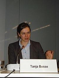 """Flickr - boellstiftung - Tanja Busse, Autorin von """"Die Einkaufsrevolution, Konsumenten entdecken ihre Macht"""".jpg"""