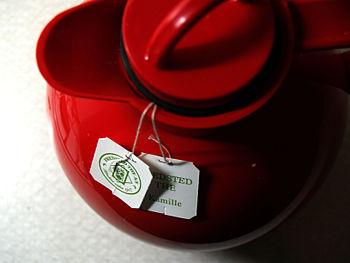 Chamomile tea Deutsch: Kamillentee