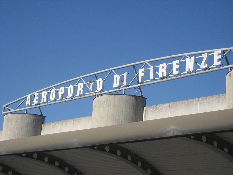 Como ir do aeroporto de Florença para a estação de trem