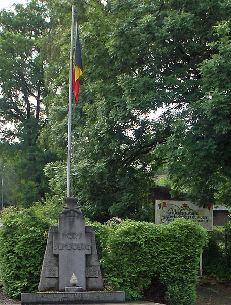 Embourg (Belgium): The fort – Memorial