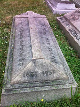 John Gresham Machen - Machen's grave in Greenmount Cemetery, Baltimore