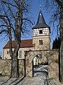 Güglingen - Frauenzimmern - Martinskirche - Ansicht von Friedhofstor (SSO) im Winter.JPG