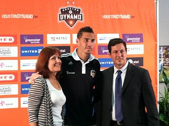 Geoff Cameron - Cameron (center) at the announcement of the 20 for 20 campaign in 2011.