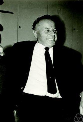 Georg Aumann - Mathematician George Aumann