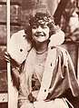Georgette Fraigneux Reine de Paris 1925 2.jpg