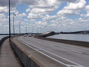 Gilchrist Bridge - Image: Gilchrist Bridge