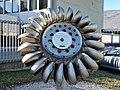 Girante turbina Pelton - Centrale San Colombano - Trentino.jpg