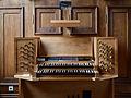 Gmunden - evangelische Auferstehungskirche - Tastatur der Orgel.jpg