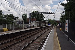 Gospel Oak railway station MMB 14.jpg