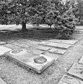 Grafzerken op de Portugees-Israëlitische begraafplaats Den Haag - 's-Gravenhage - 20085682 - RCE.jpg