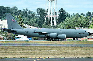 Grand-forks-afb-kc-135.jpg