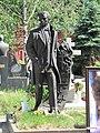 Grave of Zhzhenov.jpg