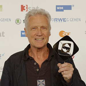 Robert Atzorn - Image: Grimme Preis 2013 Presseempfang Robert Atzorn mk (cropped 1 1)