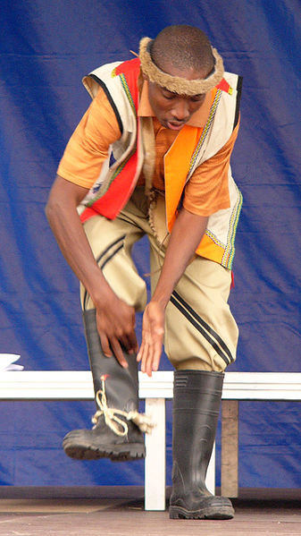 File:Gumboot dancer.jpg