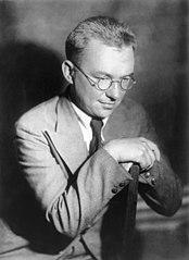Gusev Viktor Mikhajlovich 1909-1944 01.jpg