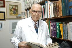 Héctor Croxatto httpsuploadwikimediaorgwikipediacommonsthu