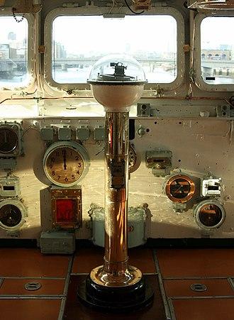 Pelorus (instrument) - Image: HMS Belfast Wheelhouse Pelorus