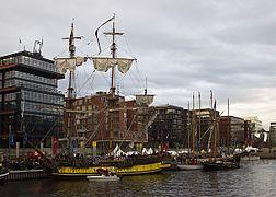 HafenCity Traditionsschiffhafen Sandtorkai Hamburg 3943 v3