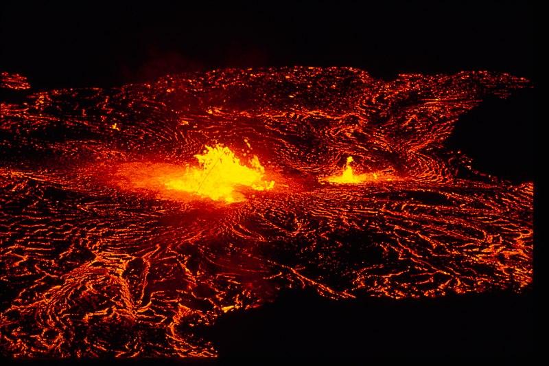 File:Hawai'i Volcanoes National Park HAVO1837.jpg