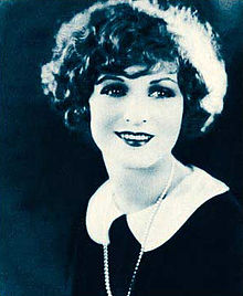 Helen Lynch Stars of the Photoplay.jpg
