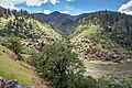Hellgate Canyon Viewpoint on the Rogue River (34446243750).jpg
