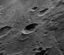 亨德里克斯陨石坑