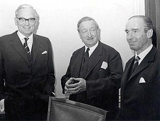 Karl Klasen - Image: Hermann Josef Abs mit Klasen und Ulrich 12.4.1967