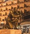 Hero of Israel - sculpture of Itay Zalait 2.jpg