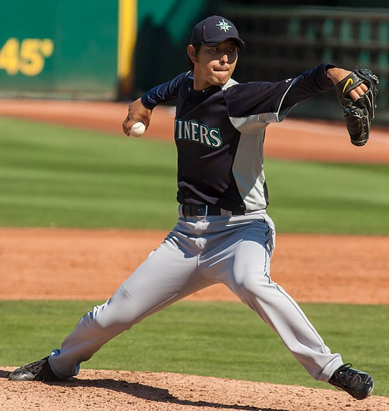 File:Hisashi Iwakuma pitching for the Seattle Mariners in 2012 Spring Training (Cropped).jpg