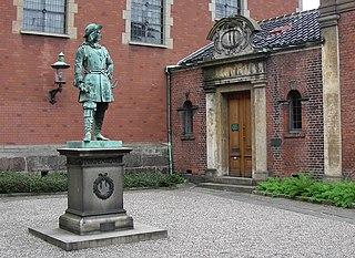 <i>Statue of Peter Jansen Wessel Tordenskiold, Copenhagen</i>