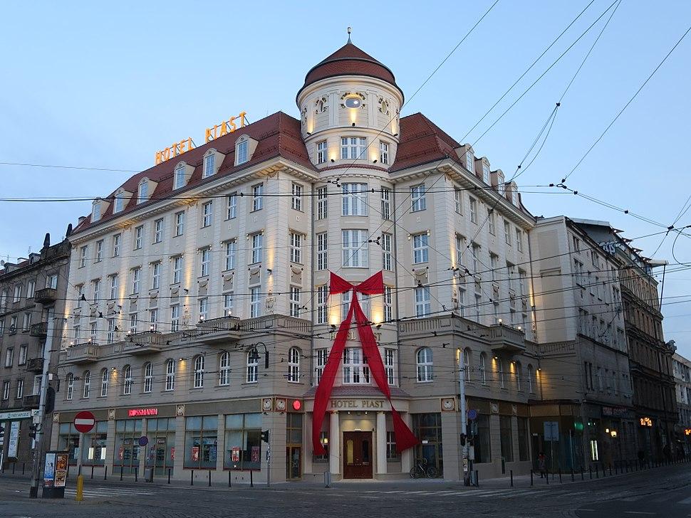 Hotel Piast Wroc%C5%82aw (2) Travelarz