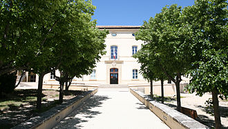 "Gordes - The ""Hotel Simiane"", historical building with the new town office."