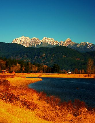 Pitt Meadows - View of Golden Ears from Alouette River
