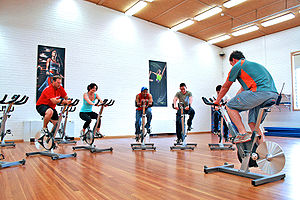 Indoor Cycle Class at a Gym Category:Indoor Cy...