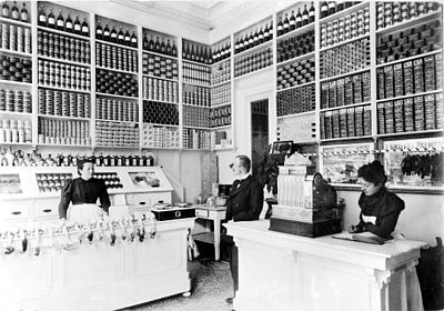 Inside view of a grocery store in Luxembourg in 1897.jpg