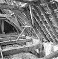Interieur kap noordzijde, kapconstructie, tijdens restauratiewerkzaamheden - Bornwird - 20329564 - RCE.jpg
