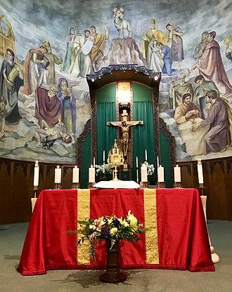Saint Thomas Aquinas Cathedral - Image: Interior of St. Thomas Aquinas Cathedral with Eucharist Adoration green red