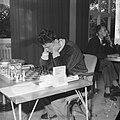 Internationaal Schaaktoernooi in Zevenaar. Bouwmeester in concentratie, Bestanddeelnr 913-1228.jpg