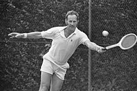 Internationale tenniskampioenschappen Melkhuisje te Hilversum, Fraser in aktie, Bestanddeelnr 925-7694.jpg