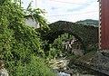 J22 833 Carreña, Bogenbrücke.jpg