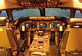 JAL Boeing 747-400 flight deck.jpg