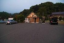 JR Rikuchu kanazaki sta 001.jpg
