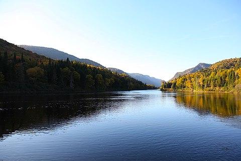 Vallée centrale du parc national Jacques-Cartier à Québec, Canada