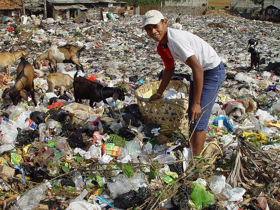 Jakarta slumlife55